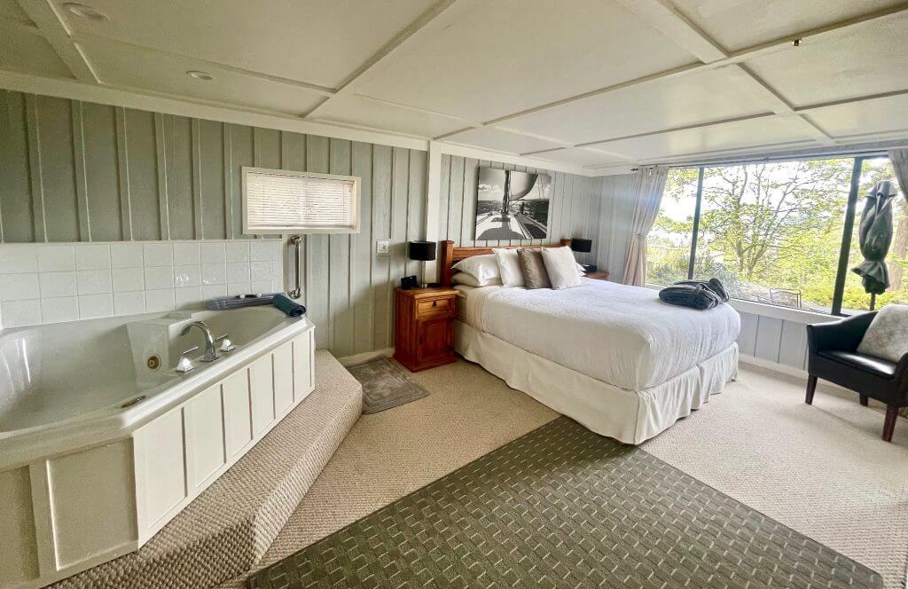 salt spring island bed and breakfast